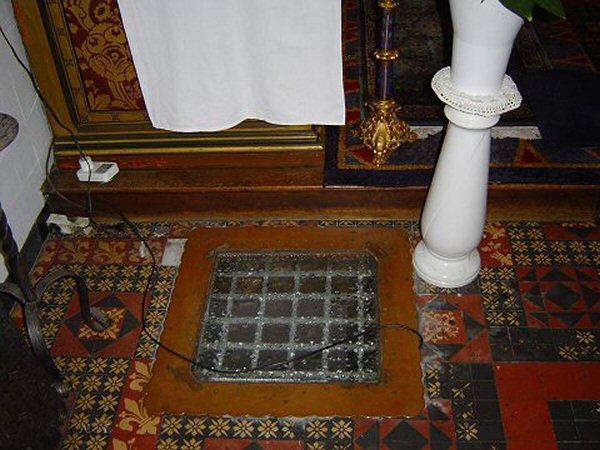 Roermond waterput (in kerk de kapel in 't Zand)